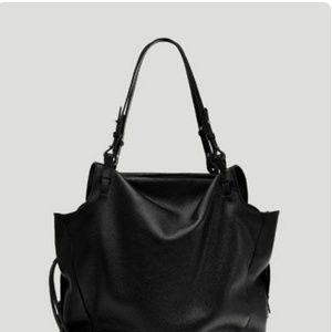 3058618b Women's Zara Handbags | Poshmark
